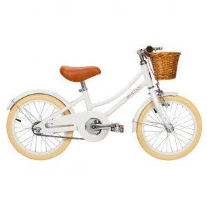 Trikes, Bikes + Cars Banwood Classic Bicycle in White