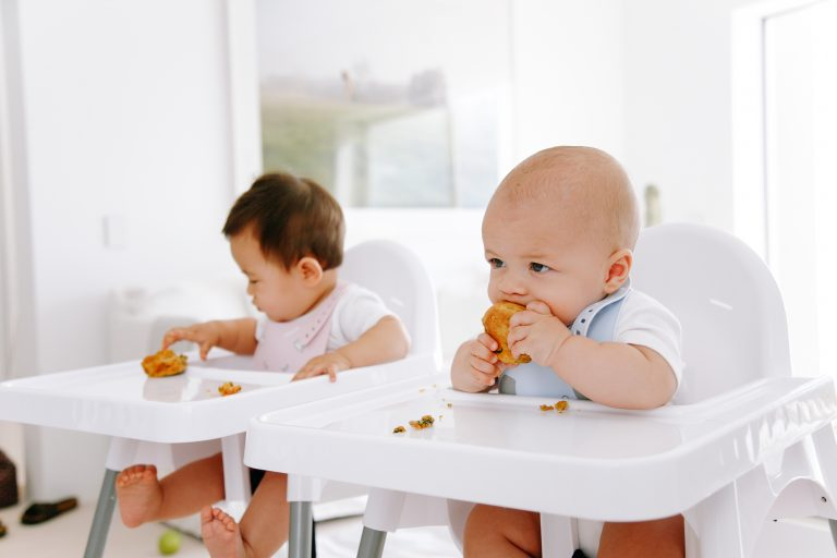 introduce solids to baby, allergens, peanuts, allergic reaction